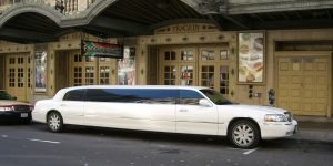 White_limousine_compressed